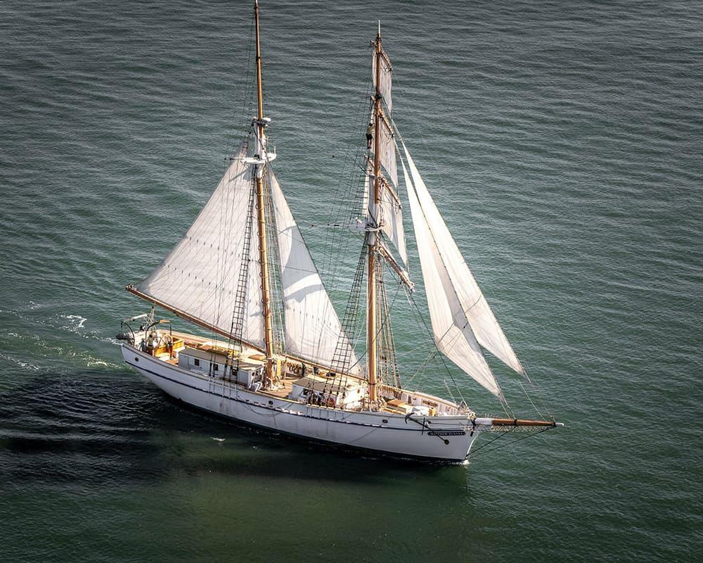 San Francisco Sailing Tall Ship