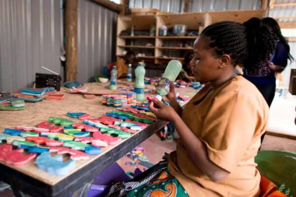 Kenya ocean sole artisan at work